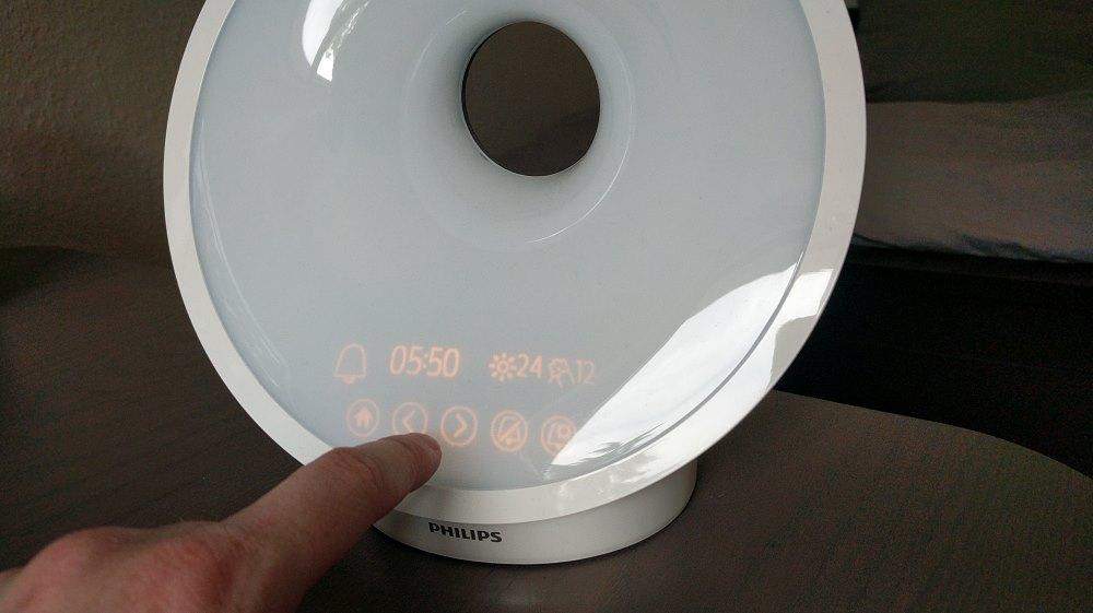 Philips HF3651/01 Einstellung des Weckers