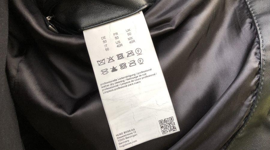 Lederjacke waschen: Etikett beachten