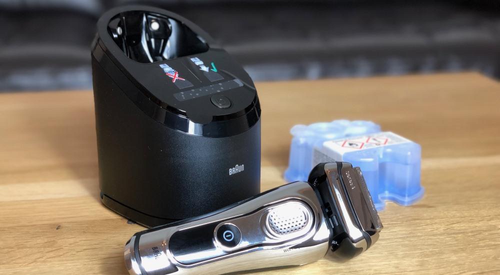 Rasierer Reinigungs- und Ladestation