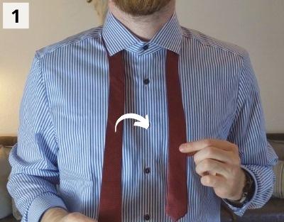 Prince-Albert-Krawattenknoten binden - Schritt 1