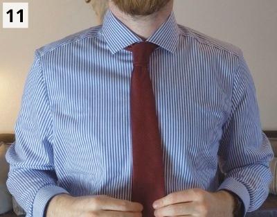 Prince-Albert-Krawattenknoten binden - Schritt 11