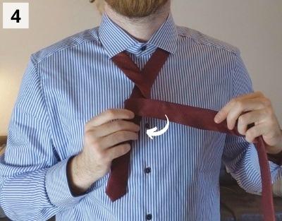Prince-Albert-Krawattenknoten binden - Schritt 4