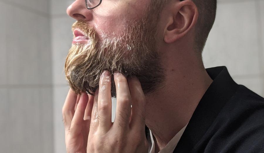 Bart waschen